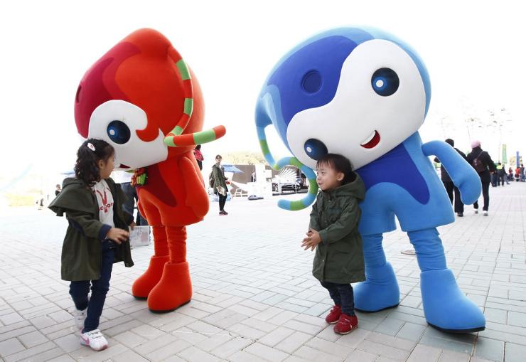 корейские неведомые зверушки с детьми на Гран-при Кореи 2011