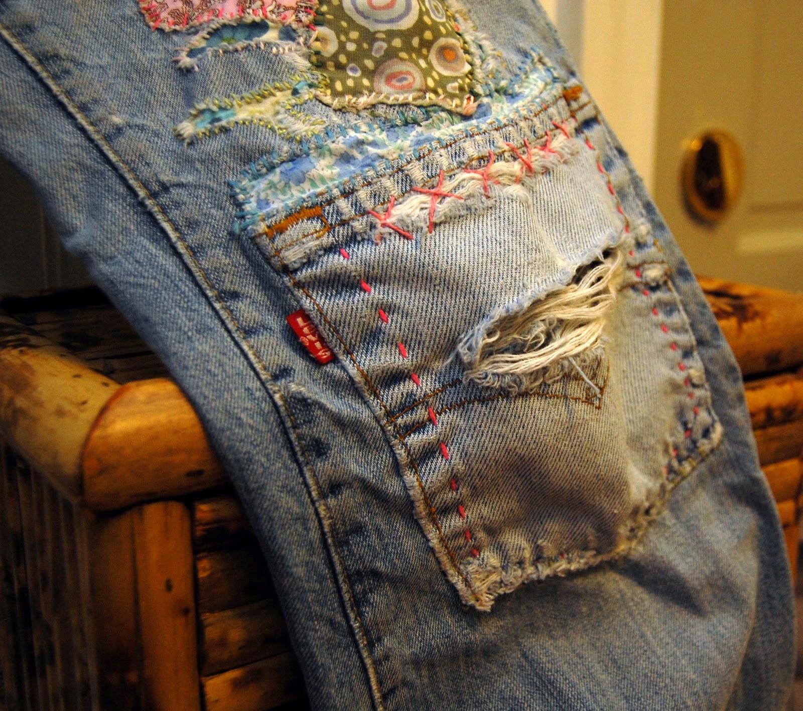 Как сделать заплатку на джинсах у ребенка