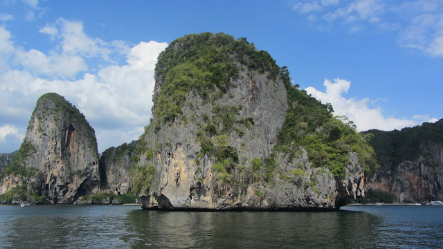 We enjoyed floating on our backs and staring at these amazing limestone cliffs.