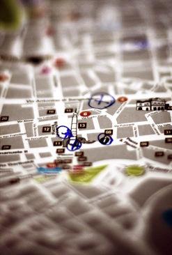 Professionally designed 2011 bookstore map locator