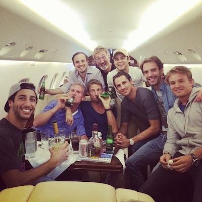 вечеринка пилотов на самолете - октябрь 2014