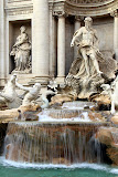 Trevi Fountain (Time Lapse) - Rome, Italy