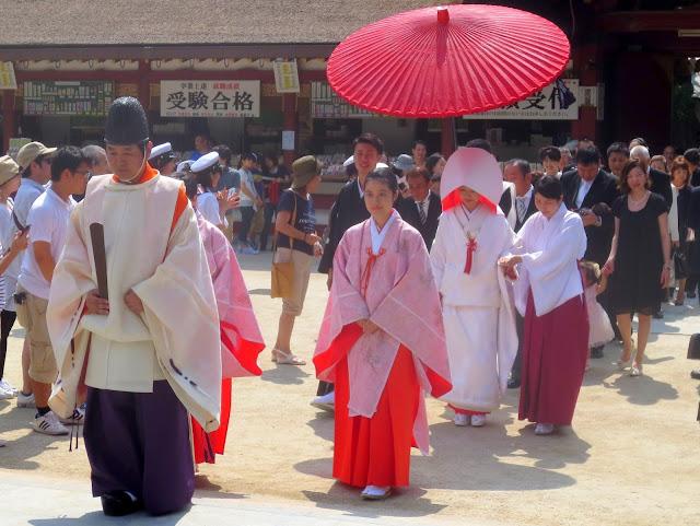 A wedding procession at the Dazaifu Tenmangu Shrine