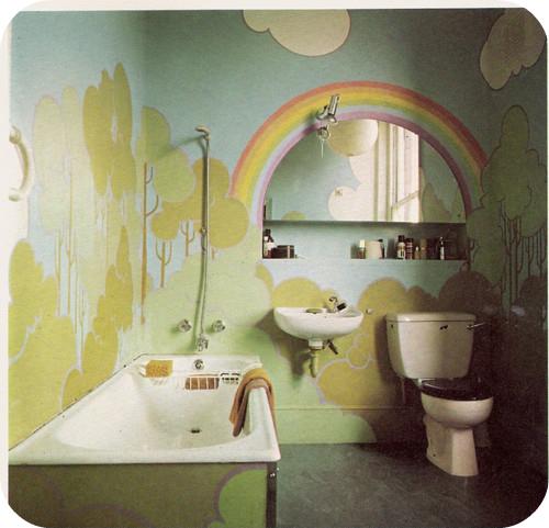 Красиво покрашенные стены в ванной своими руками фото
