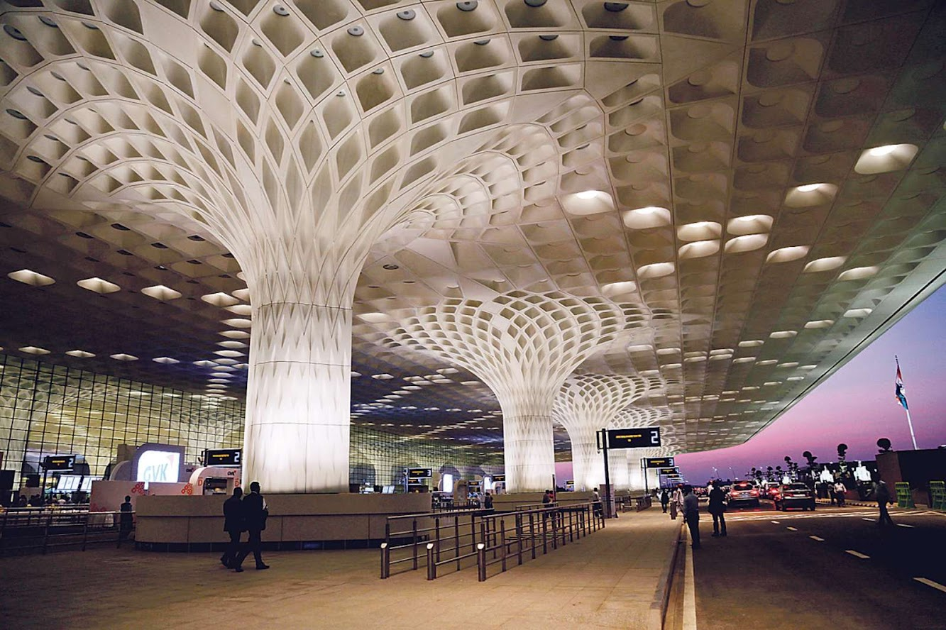 Mumbai, Maharashtra, India: Open the Chhatrapati Shivaji International Airport by Som