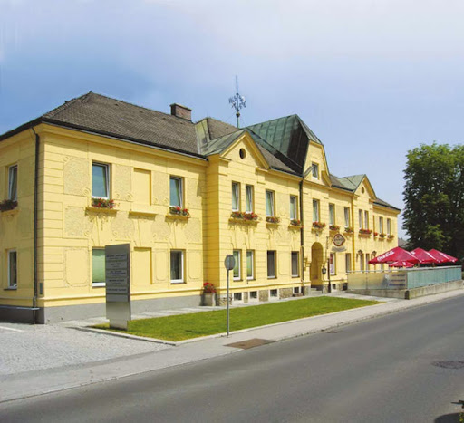 Gasthaus Roithnerhof, Johann-Roithner-Straße 9, 4050 Traun, Österreich, Bowlingbahn, state Oberösterreich