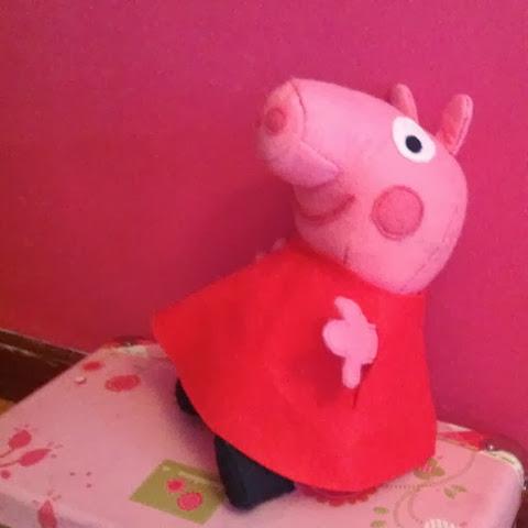 DIY felt Peppa Pig. Peppa Pig de fieltro