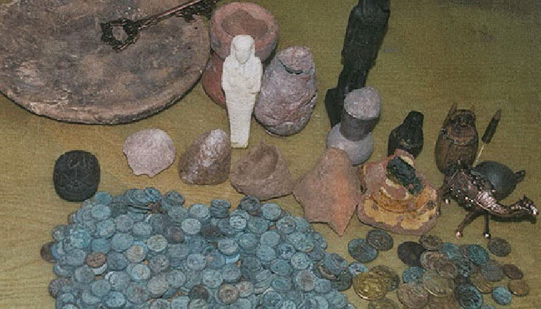 Police foil 'underwater' antiquities theft attempt