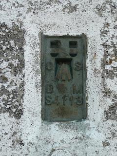 Kinder Low Trig Point Flush Bracket (S4113)