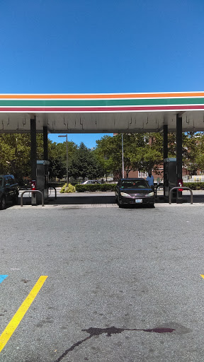 Convenience Store «7-Eleven», reviews and photos, 270 Broad St, Providence, RI 02903, USA