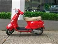 piaggio-lx-150cc-mau-do-nhap-khau-doi-chot-cuoi-nam-2010