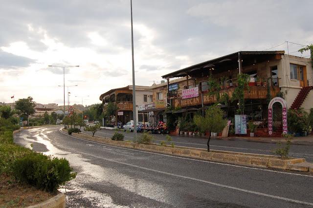 Турция: Город Гереме, дорога