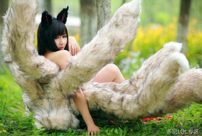 Vẻ đẹp ma mị của hồ ly chín đuôi Ahri - Ảnh 4