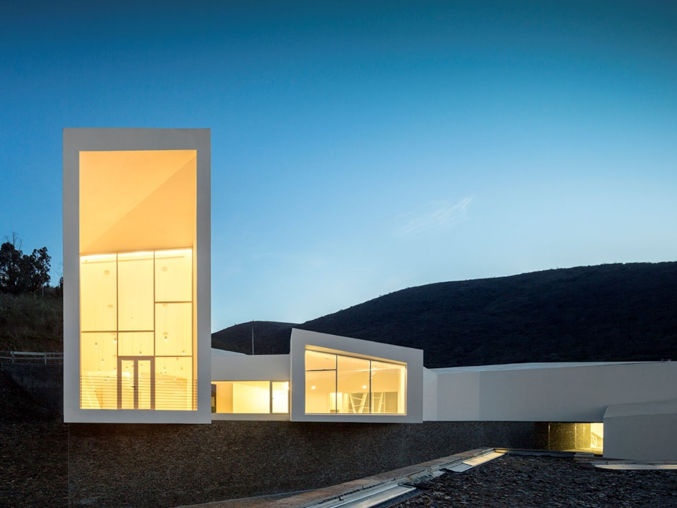 7170 Pocinho, Portogallo: Rowing High Performance Centre by Alvaro Andrade