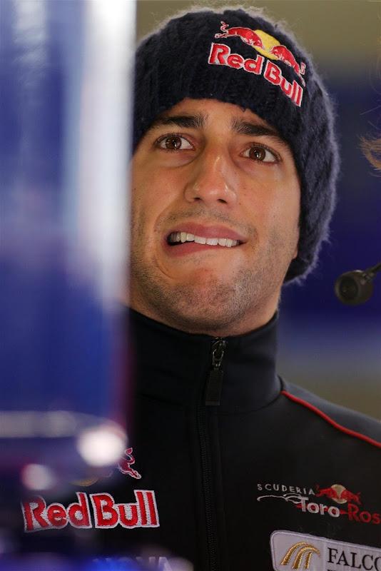 Даниэль Риккардо на предсезонных тестах в Барселоне - февраль 2013