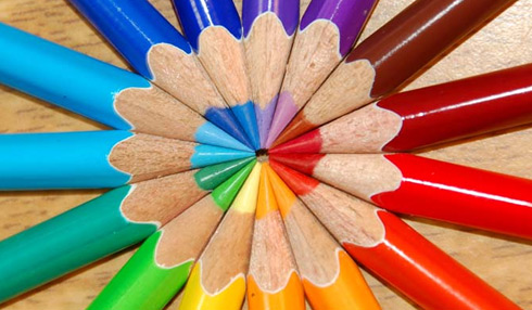 الواان ..^^ Color-Wheel-pencils.jpg