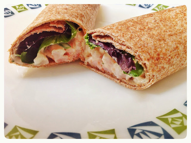 WHOLEMEAL WRAP WITH PRAWNS & COTTAGE CHEESE, Mean Mother Cooker