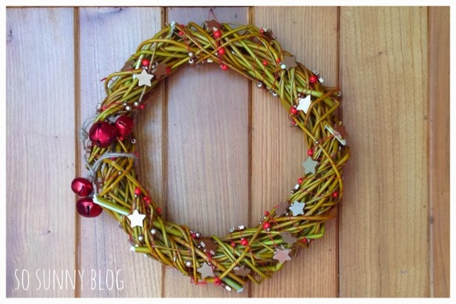 DIY Christmas Wreath. Tutorial Corona Navidad