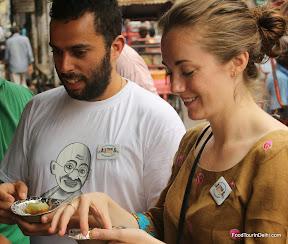 Gol gappa /paani puri http://indiafoodtour.com  http://foodtourindelhi.com