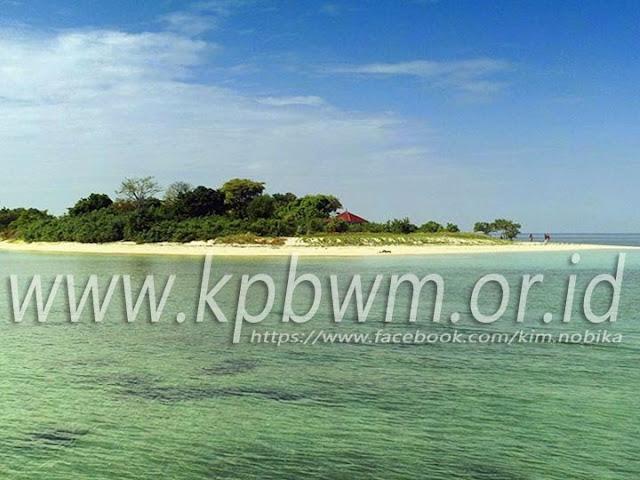 pulau gusung toraja pasir putih