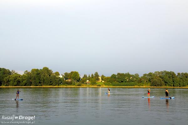 Stand up paddle - sztuka chodzenia po wodzie