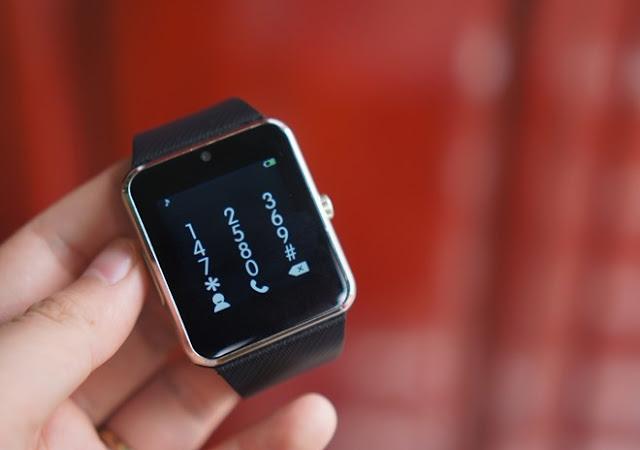 Trên tay đồng hồ thông minh Inwatch B giá 1,2 triệu đồng - 90669