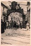 Grupo de vecinos de la calle de san Juan. Inauguración de la Iglesia de Catral. Año 1945. (Biblioteca Municipal de Catral).