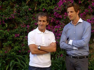 фото чемпионов - Алан Прост и Дженсон Баттон 2011
