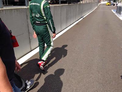 Андре Лоттерер в комбенизоне Caterham и ботинках Audi на Гран-при Бельгии 2014