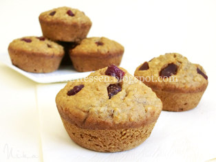 muffins de plátano fresas y avena veganos