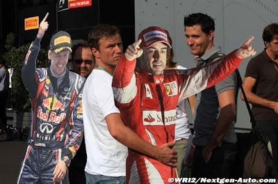 фигуры Себастьяна Феттеля и Фернандо Алонсо на Гран-при Италии 2011