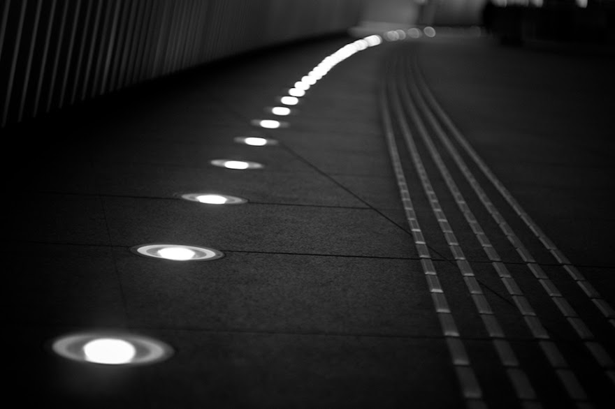 Tokyo Street Photography Black and White by Hidetaka Onoyama