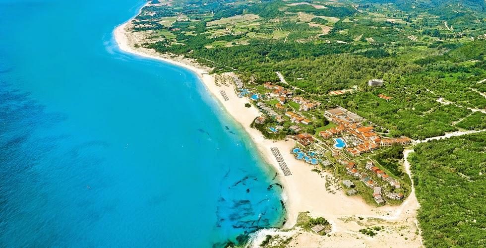 Glatt Kosher Pesach 2015 in Grecotel Olympia Riviera Resort, Greece - hosted by Maagalim