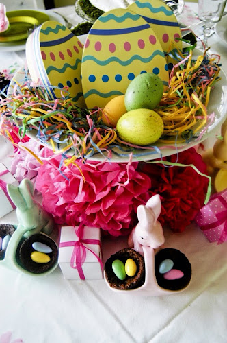 Easter centerpiece, Easter tablescape