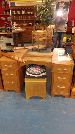 Social Services Organization «Southeast NH Habitat For Humanity ReStore», reviews and photos
