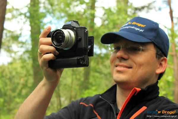 Maciej dokumentuje przejazd bryczką