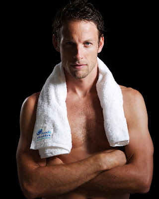 Дженсон Баттон с полотенцем Head&Shoulders