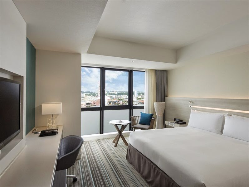 Hilton Okinawa Chatan Resort- KING GUEST ROOM
