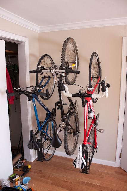 Leonardo bike racks