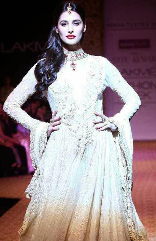 Lakme India Fashion Week - Bollywood Fashion Trend of Red Lips Worn By Nargis Fakhri