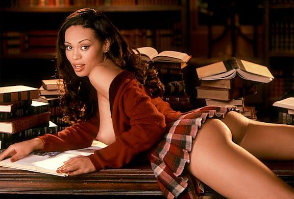 Смотреть Playboy TV онлайн  seetvtv
