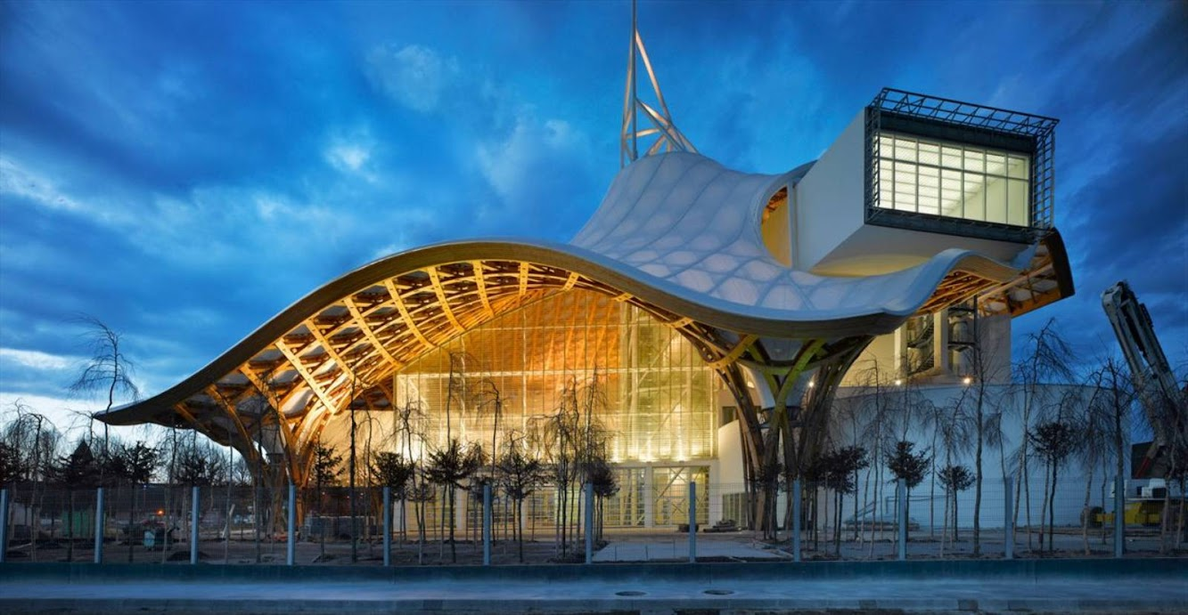 Metz, Francia: Centre Pompidou-Metz by Shigeru Ban Architects