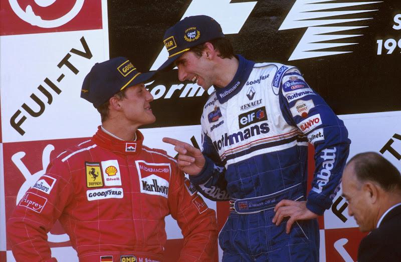 Михаэль Шумахер и Деймон Хилл на подиуме Гран-при Японии 1996