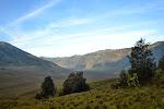 widok na dno keateru, na tzw. sawanne