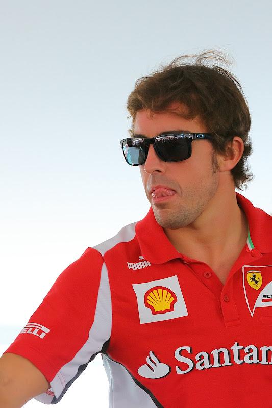 Фернандо Алонсо облизывается на Гран-при Абу-Даби 2012