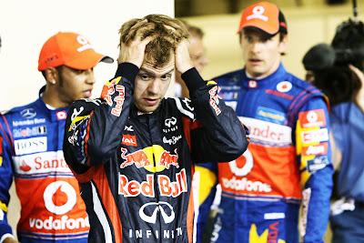 Льюис Хэмилтон и Дженсон Баттон позади Себастьяна Феттеля после квалификации на Гран-при Абу-Даби 2011