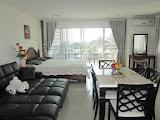 elegant fully furnished studio in platinum suites condo    to rent in Jomtien Pattaya