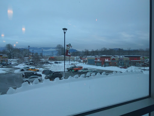 Galaxy Cinemas Chilliwack, 8249 Eagle Landing Pkwy, Chilliwack, BC V2P 0E2, Canada, Movie Theater, state British Columbia