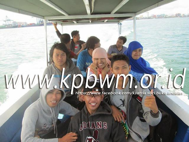 perahu menuju pulau samalona