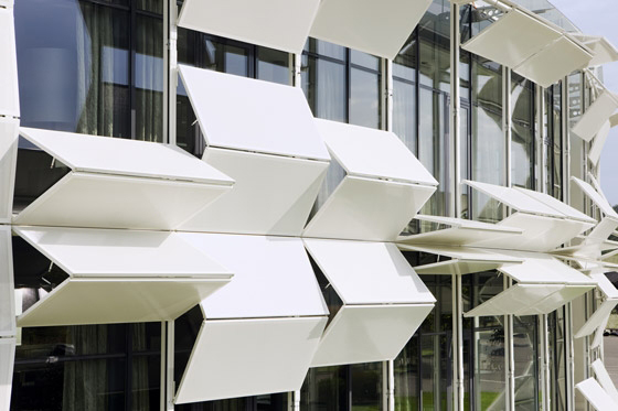 Folding Facade 2.0 | Cult Architecture